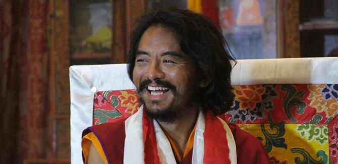 Yongey Mingyur Rinpoche en Inde après son retour de sa retraite. Photo: Paul McGowan